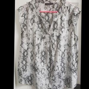 Snake print Apt. 9 blouse